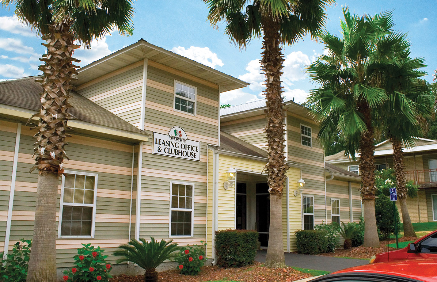 Tallahassee Apartments | Top Rated Student Apartments